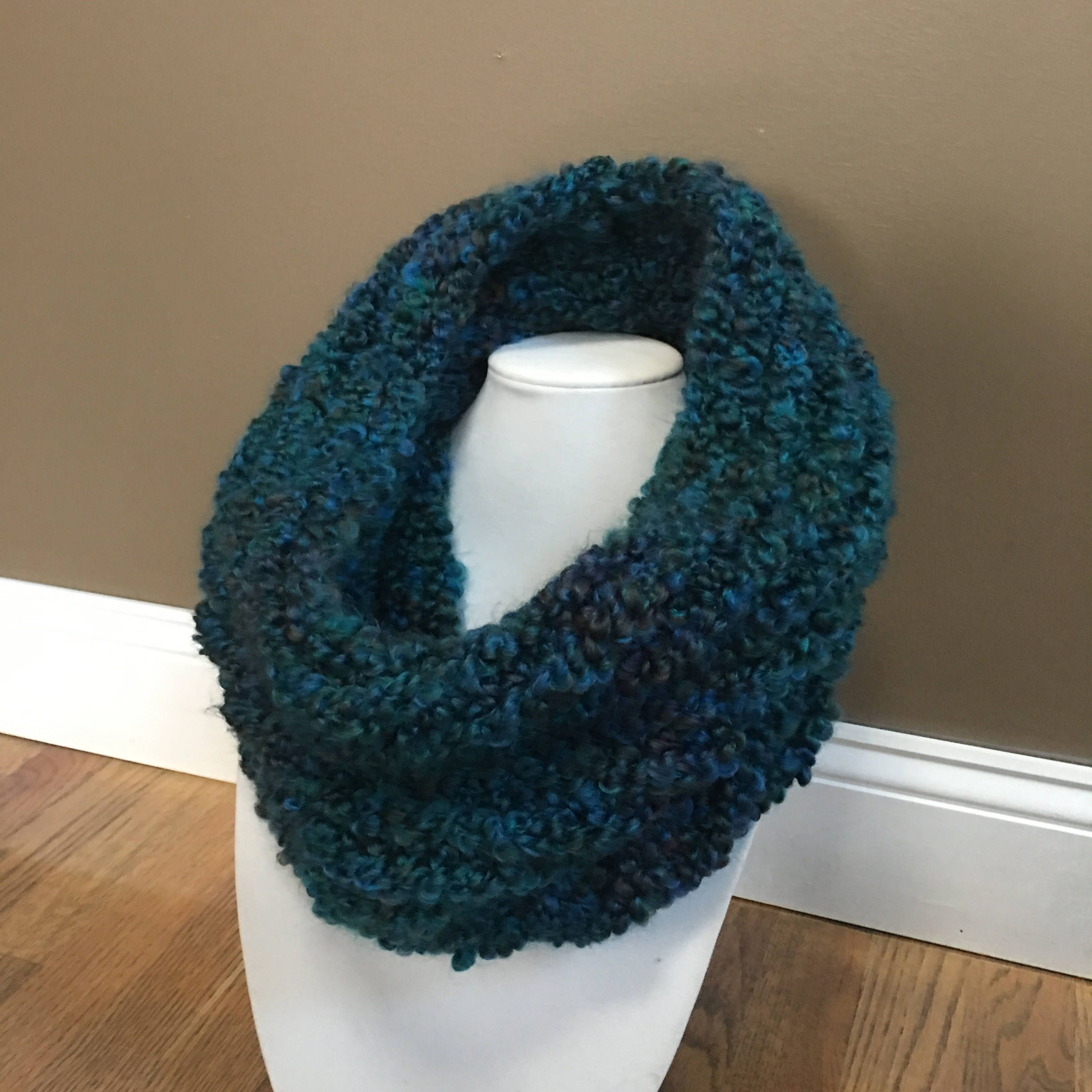 Chunky Knit Scarf - Infinity scarf - loom knitted cowl in Dark Teal ...