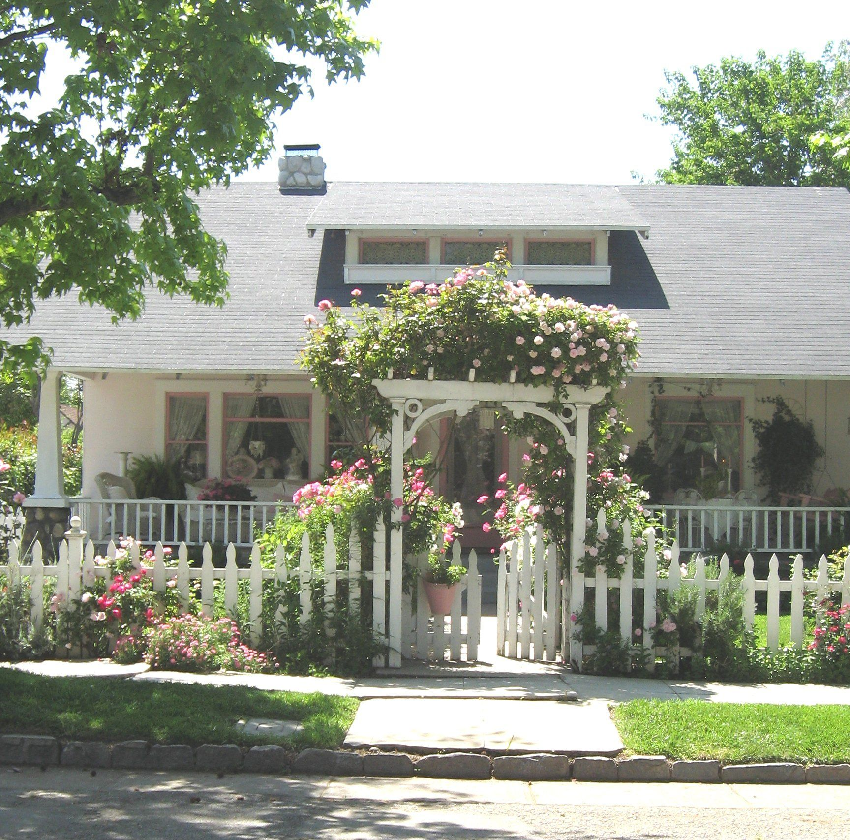 Arbor Homes: Must Get Picket Fence And Rose Arbor