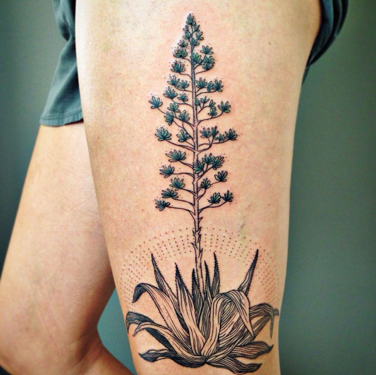 Pin by Aynur Erdem on ⚡️Tattoo Art⚡️ Plant tattoo