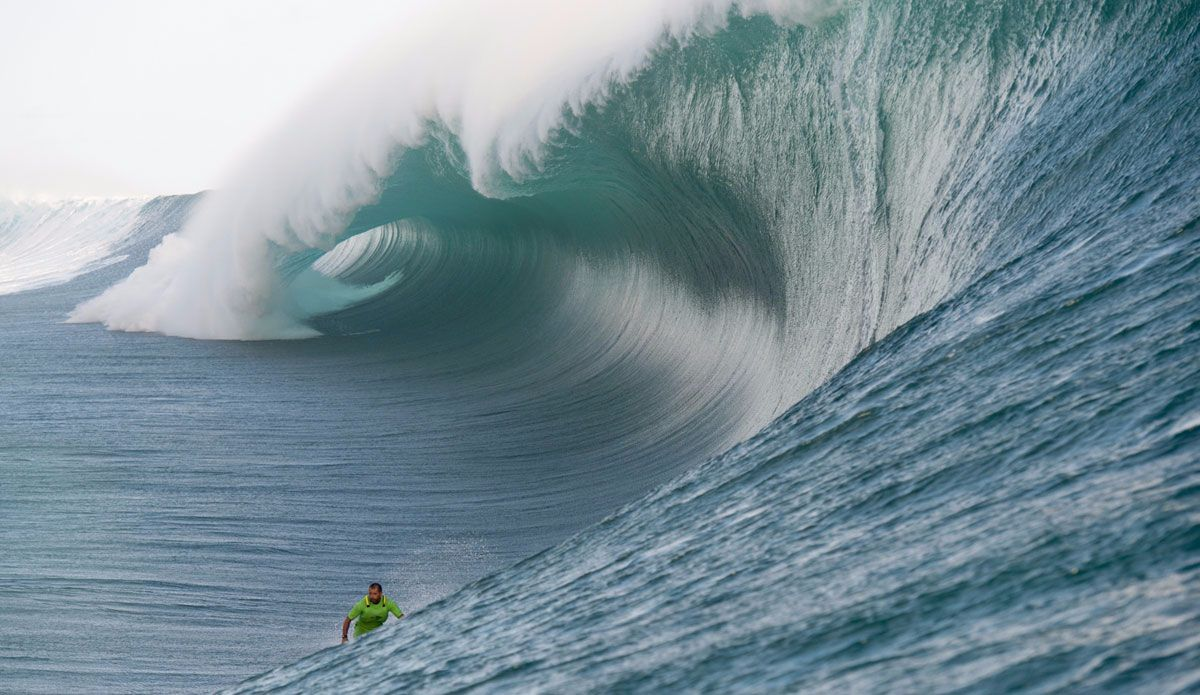 of the Craziest Teahupoo Shots That You Really Really Need to