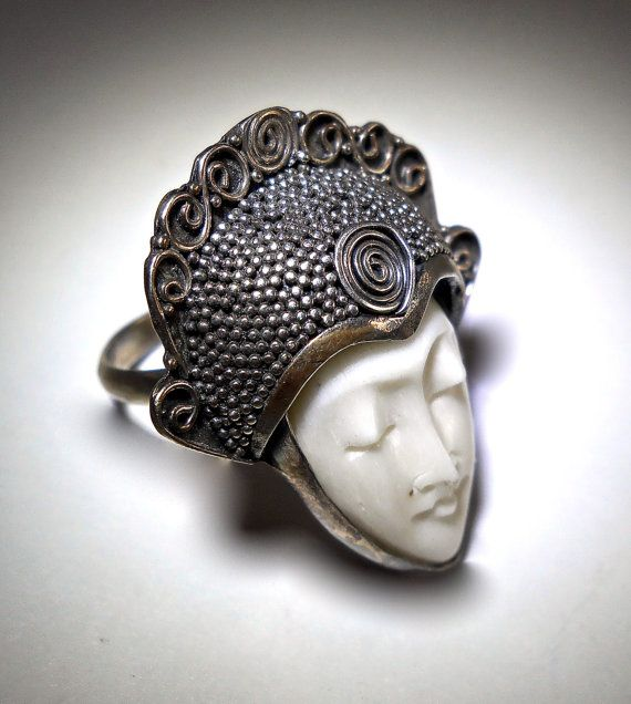 Carved Bone Goddess Face Ring Bali Style By Renaissancefair Vintage Sterling Silver Jewelry Vintage Jewelry Artisan Jewelry