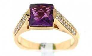 One Ladies Amethyst And Diamond 18 Karat Yellow Gold Cathedral Ring