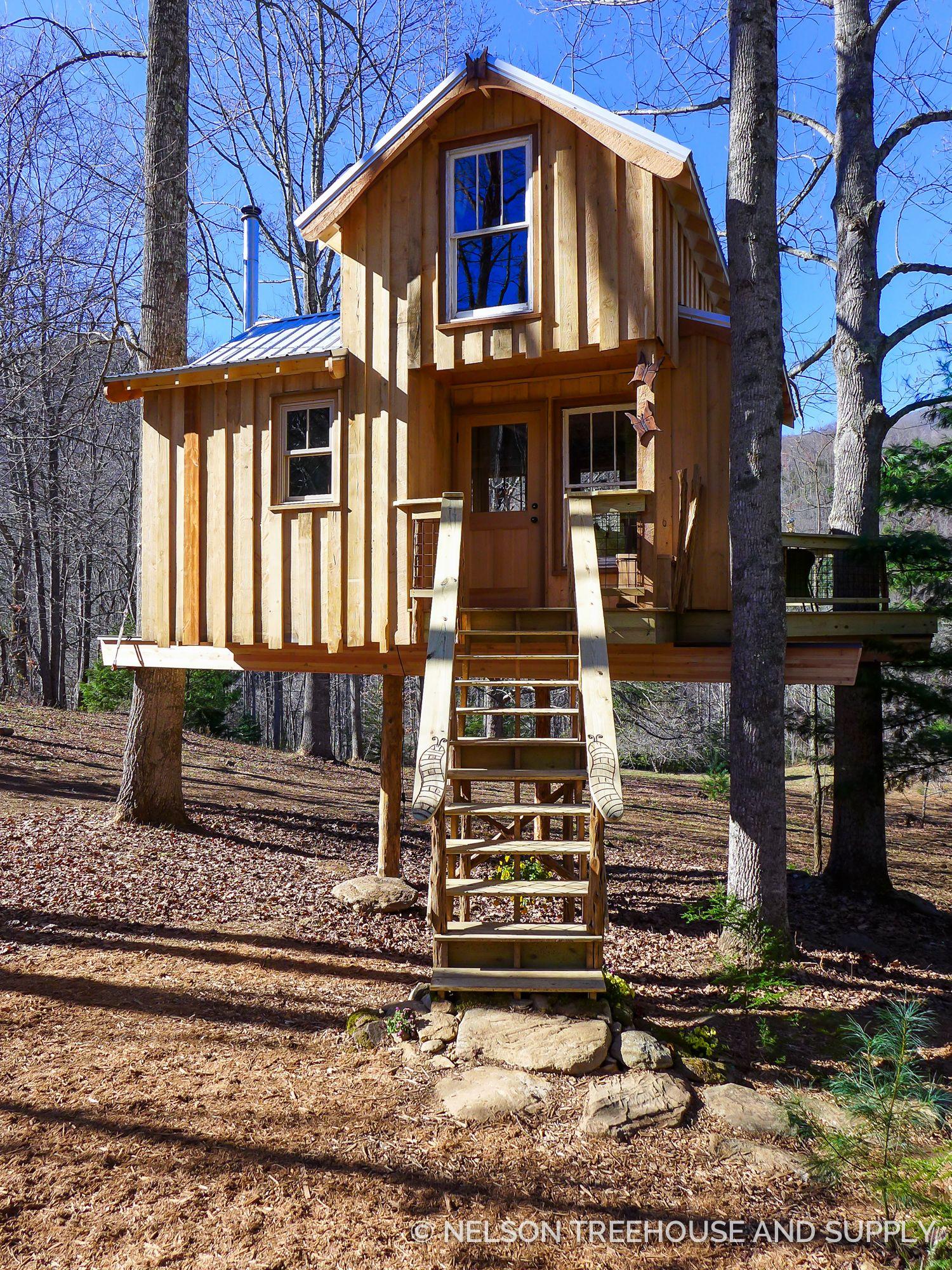 blue ridge mountain meditative treehouse  tree house