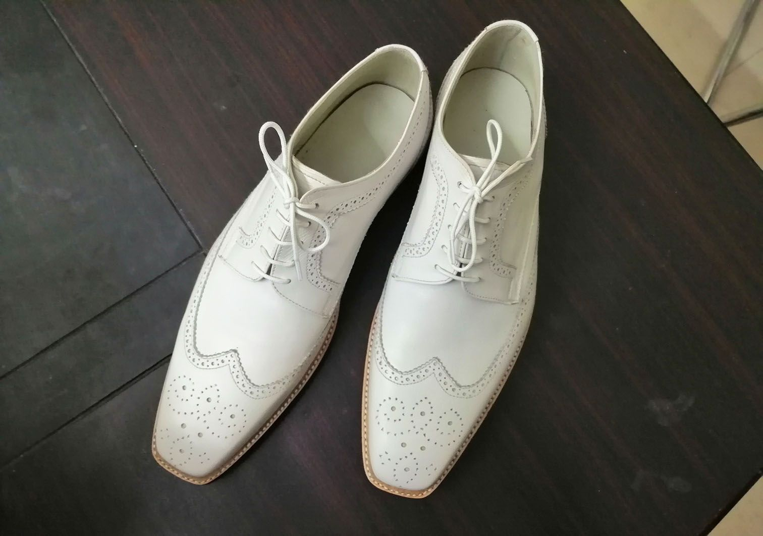 Handmade Men S Wing Tip Lace Up Shoes Men S White Brogue Leather Shoes From Leatherworld2014 Leather Shoes Men Dress Shoes Men Handmade Dress Shoes [ 1062 x 1512 Pixel ]