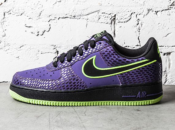separation shoes 1064c 7c9e5 nike air force 1 low court purple volt 1 Nike Air Force 1 ...