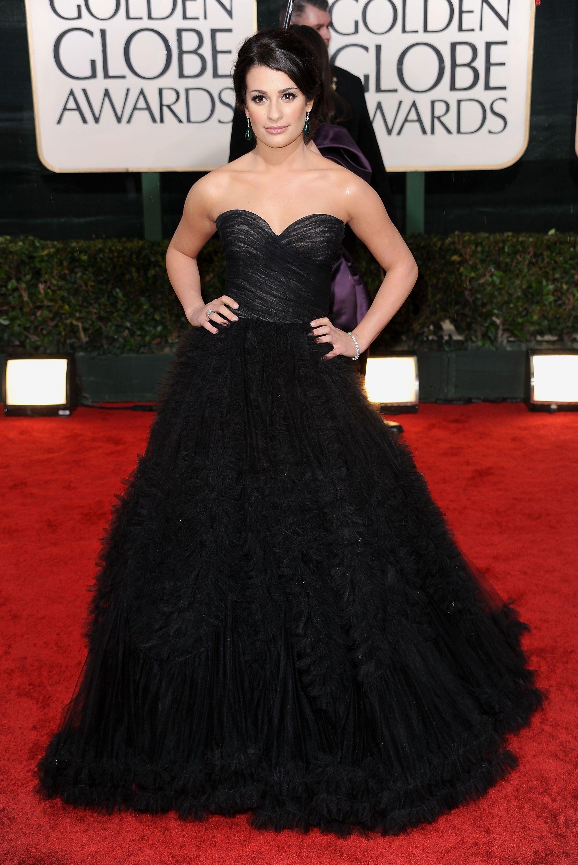 Lea michele in a stunning dark oscar de la renta gown at the