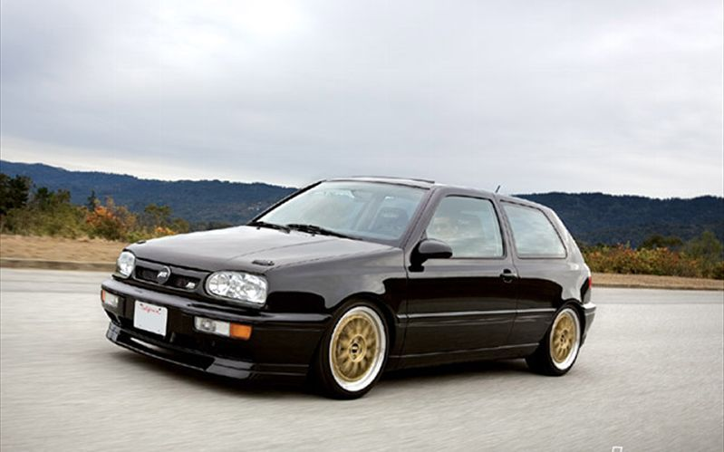 gold rims are a bit flashy for my tastes but love the body on this rh pinterest com 1997 Jetta VR6 VW MK3 VR6 Tucked Bay