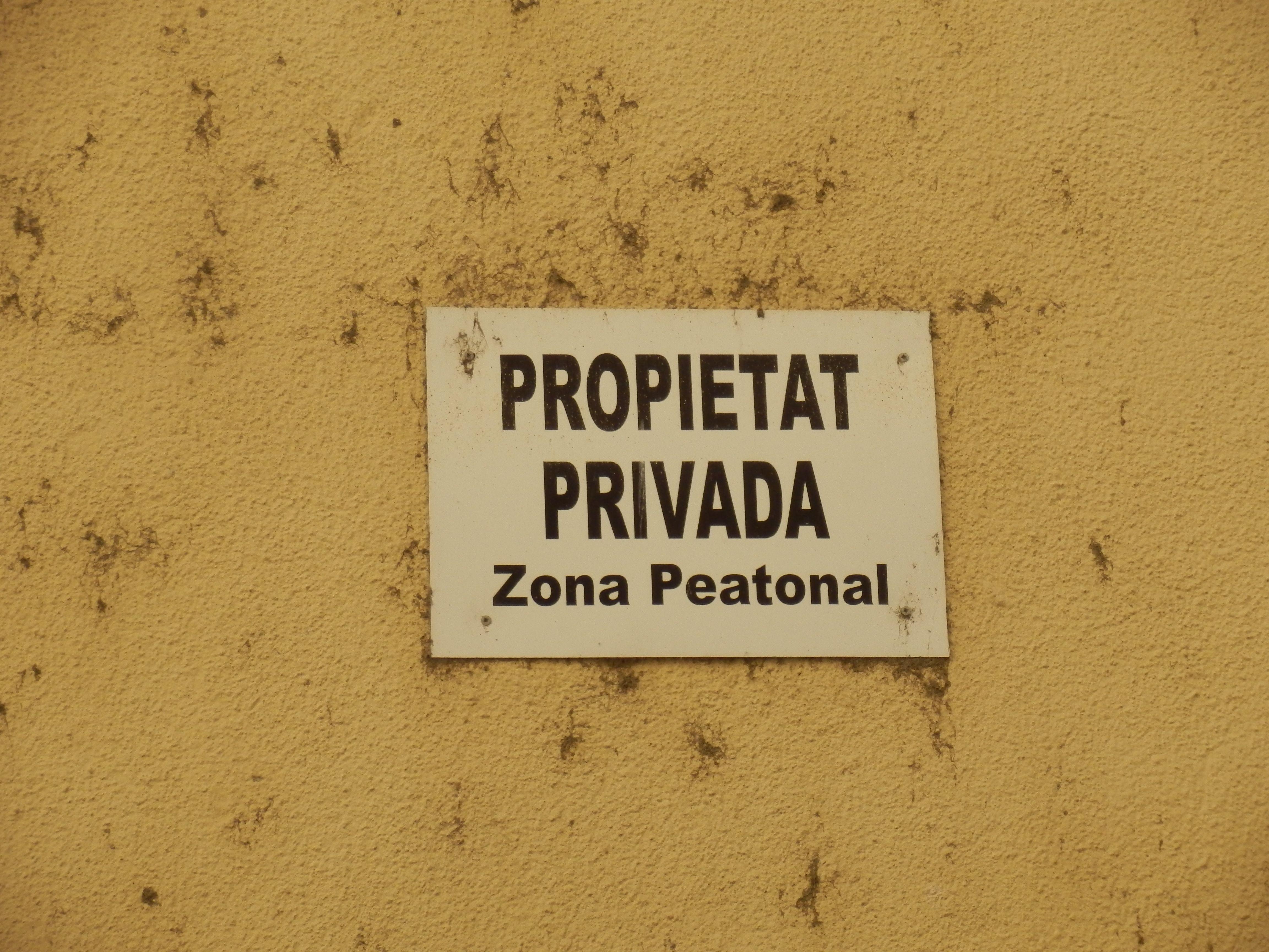 """Incluso los peatones quieren su """"propiedad privada"""""""