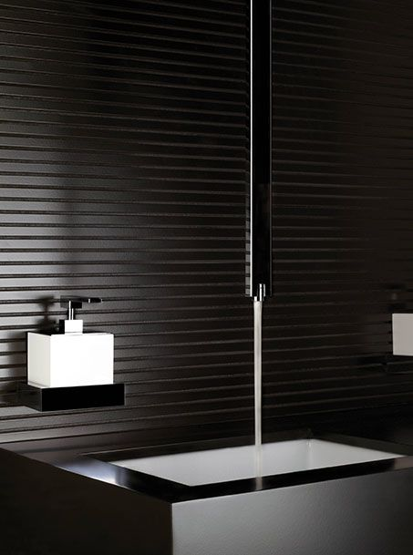 Bathroom. Square ceiling faucet. Gessi RETTANGOLO | Post | Pinterest ...