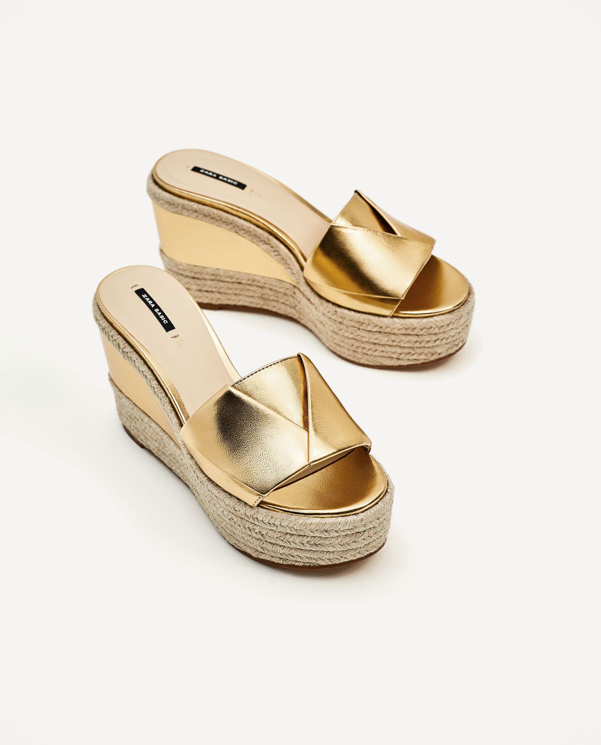 3f26acb2 ZARA - MUJER - CUÑA YUTE DORADA | sandalias | Zapatos hermosos ...