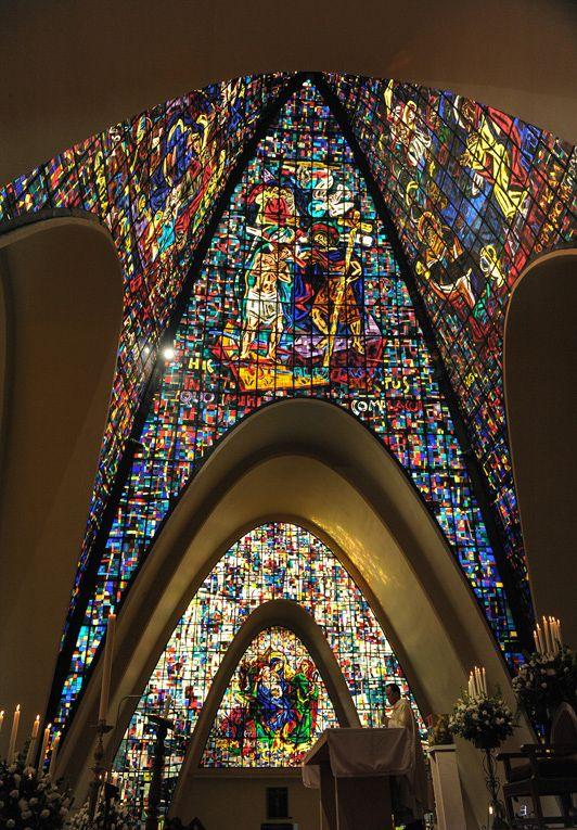 Galer a de cl sicos de arquitectura capilla de los santos for Gimnasio moderno