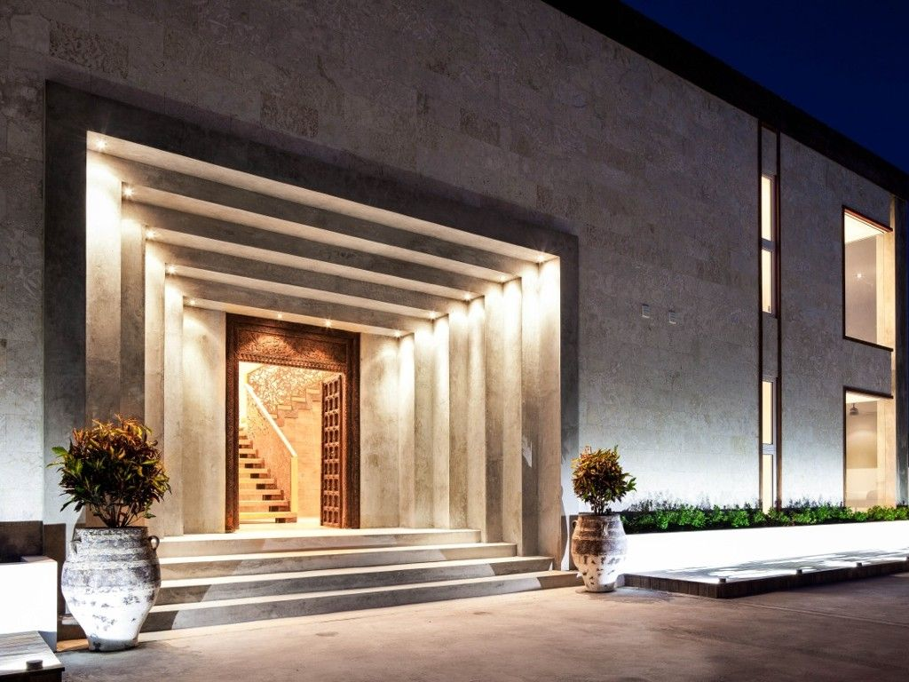 Luxury Property With Modern Grand Entrance #LuxuryHomes # ...