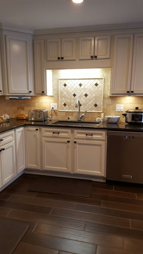 The Cabinets Are Thomasville Studio 1904 Bensley In Cotton With Toasted Almond Glaze From Home Depot Granite Is Coffee Brown Also Available At Msi Or
