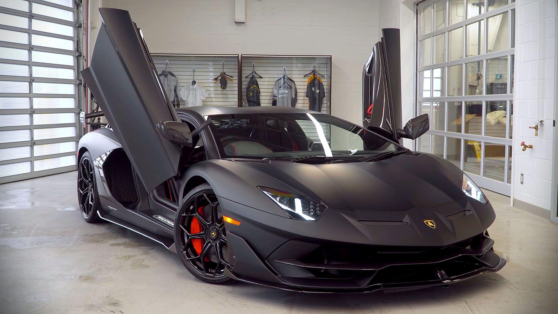 2019 Lamborghini Aventador Svj Black Luxury Sports Cars Lamborghini Aventador Mobil Mewah