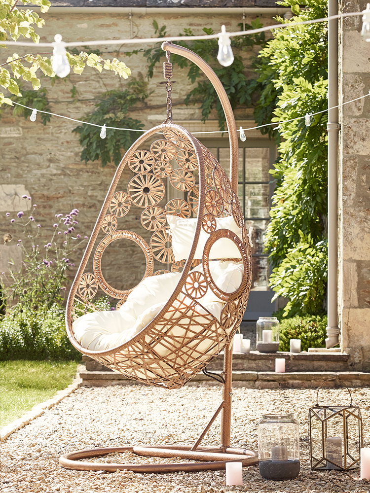 Made From Durable Materials That Look Just Like Light Rattan, Our  Impressive Hanging Chair Has Been Intricately Woven Around A Strong Metal  Frame In A ...