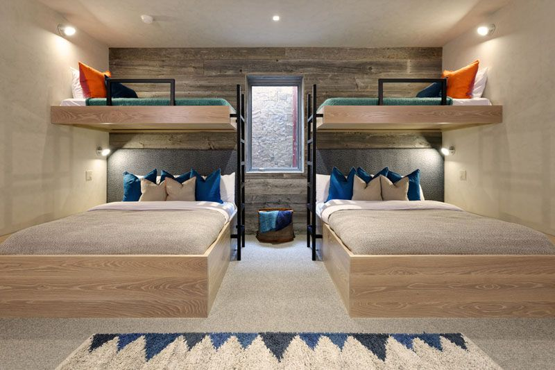 Interior design ideas for sleeping six people in a room these bunk beds are positioned around - Etagenbett interio ...