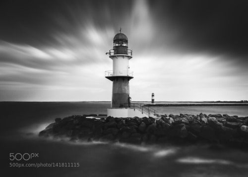 warnemuende bw by benn-oh  bw black and white long exposure baltic sea canon eos 7d sigma 10-20mm langzeitbelichtung ostsee sch