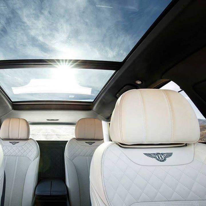 New Lamborghini Bentley Rolls Royce Cars Fields Motorcars Orlando 内装