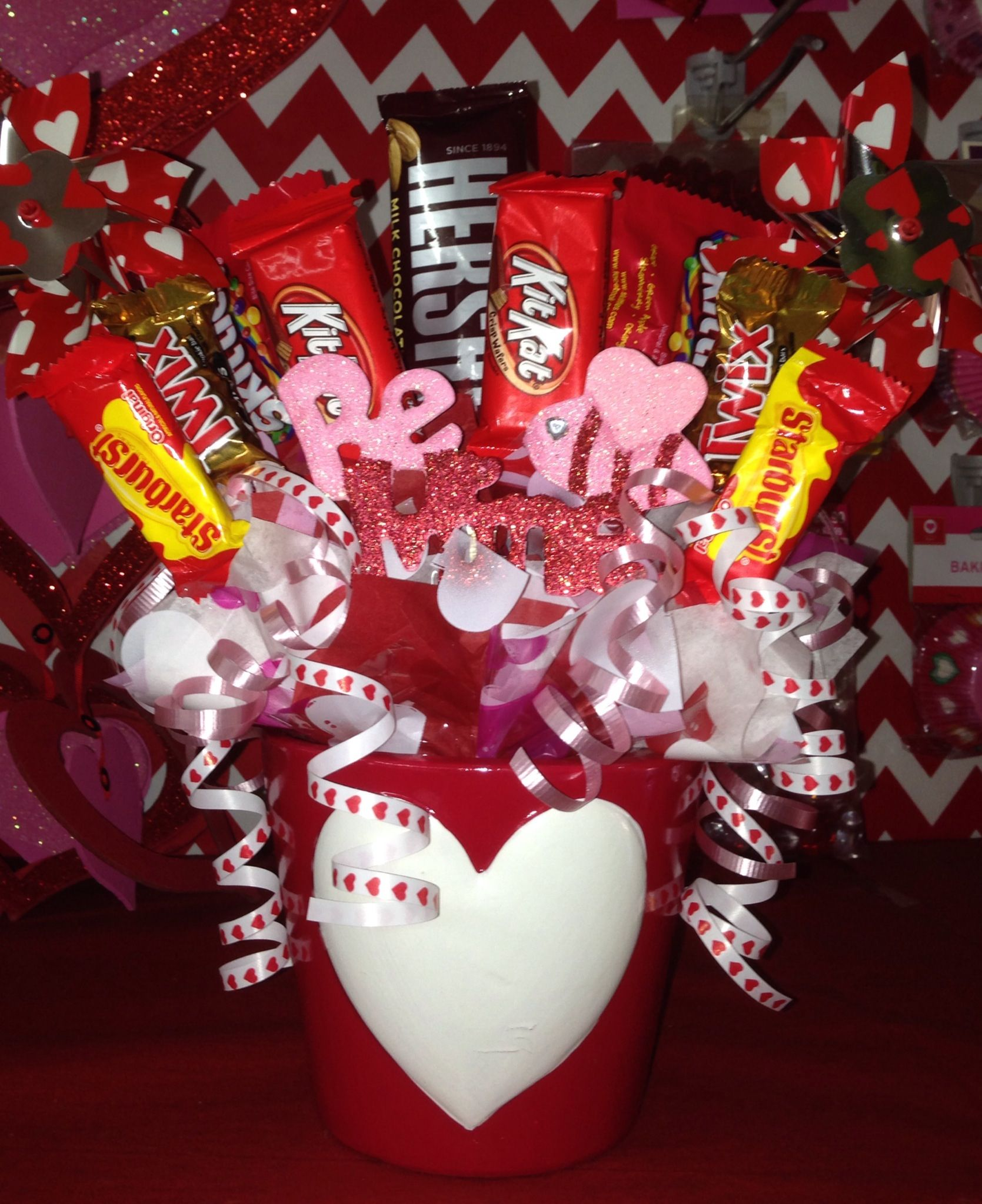 Valentine Candy Bouquet | Valentine Bouquets | Pinterest | Candy .