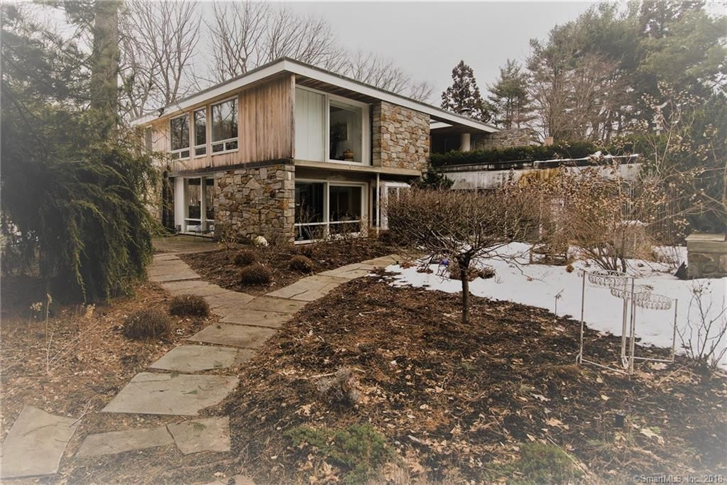 Https Www Estately Com Listings Info 471 Derby Milford 1 Gallery House Designs Exterior Mid Century Modern House Stone Architecture