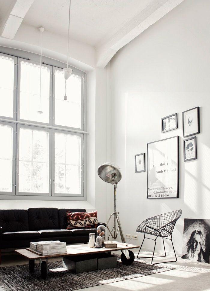 Coffee table wheels & lamp