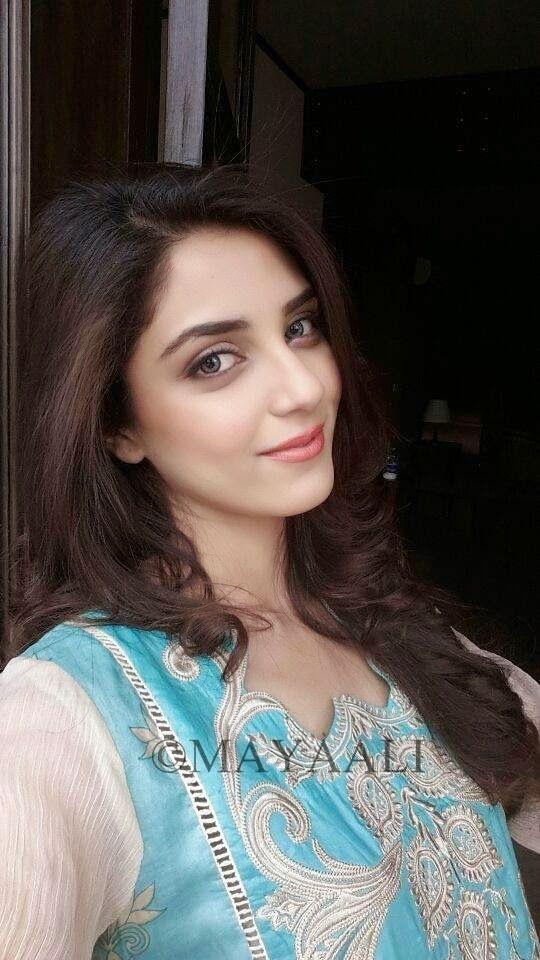 Maya Pakistani Models Pakistani Actress Bunto Kazmi Maya Ali Muslim Women Fashion