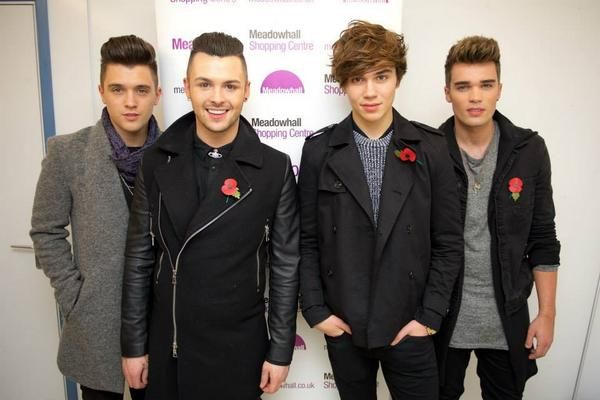 | UNION J TURN ON XMAS LIGHTS ON IN MANCHESTER MEADOWHALL! (WATCH) | http://www.boybands.co.uk