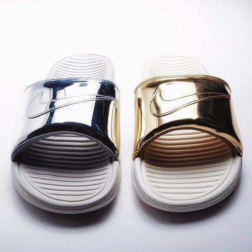 3cff5d64c43c7 Nike Benassi Slides metal pack    now on blogandthecity.net