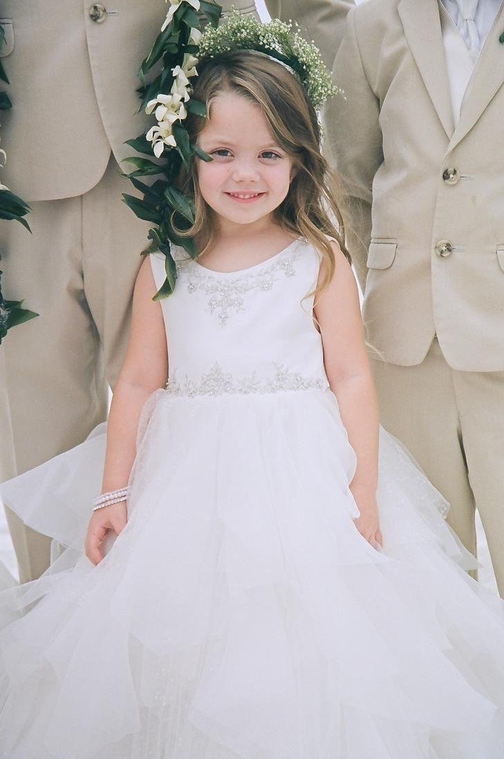 White tulle flower girl dress   Flower girl dresses tulle, Flower ...