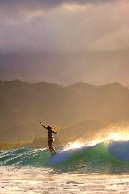 Acorde e cheire o oceano! Vida despreocupada para as ondas. Partilhe comigo o Amor da Praia do Oceano Surf, Pegue uma Onda, Persiga e ande pelas ondas, Viaje para Bali, Viaje para o Havai, Viaja para Portugal, A vida é feita para viver sem morrer! Para os Espíritos Livres Vivendo no Mar surfista, surf, pesca de surfe, surf, surfista, surf de praia, surf trippin, surf, surf, surf, surf, surf surfar .. - #Acorde #amor #ande #Bali #cheire #comigo #despreocupada #Espíritos #feita #Havai #livres #ma