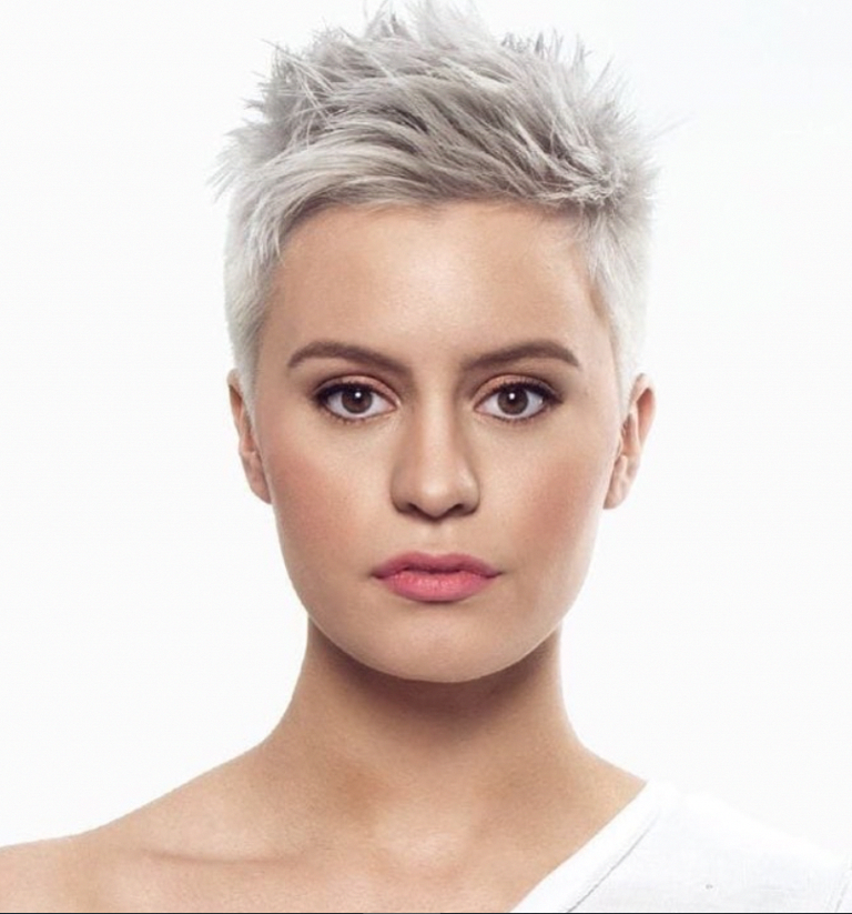58 Hottest Shaved Side Short #pixie Haircuts Ideas For Woman In 2019 - Page 10 of 58 - Fashion Lifestyle Blog #shortpixiehaircuts