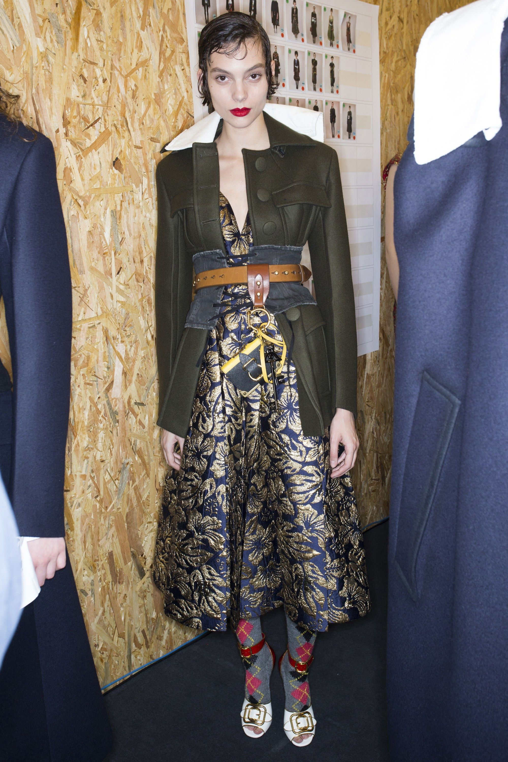 Prada Fall 2016 Ready-to-Wear Fashion Show Beauty
