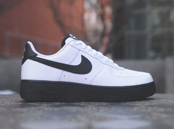 best sneakers be822 e4dbc Nike Air Force 1 Low – White – Black