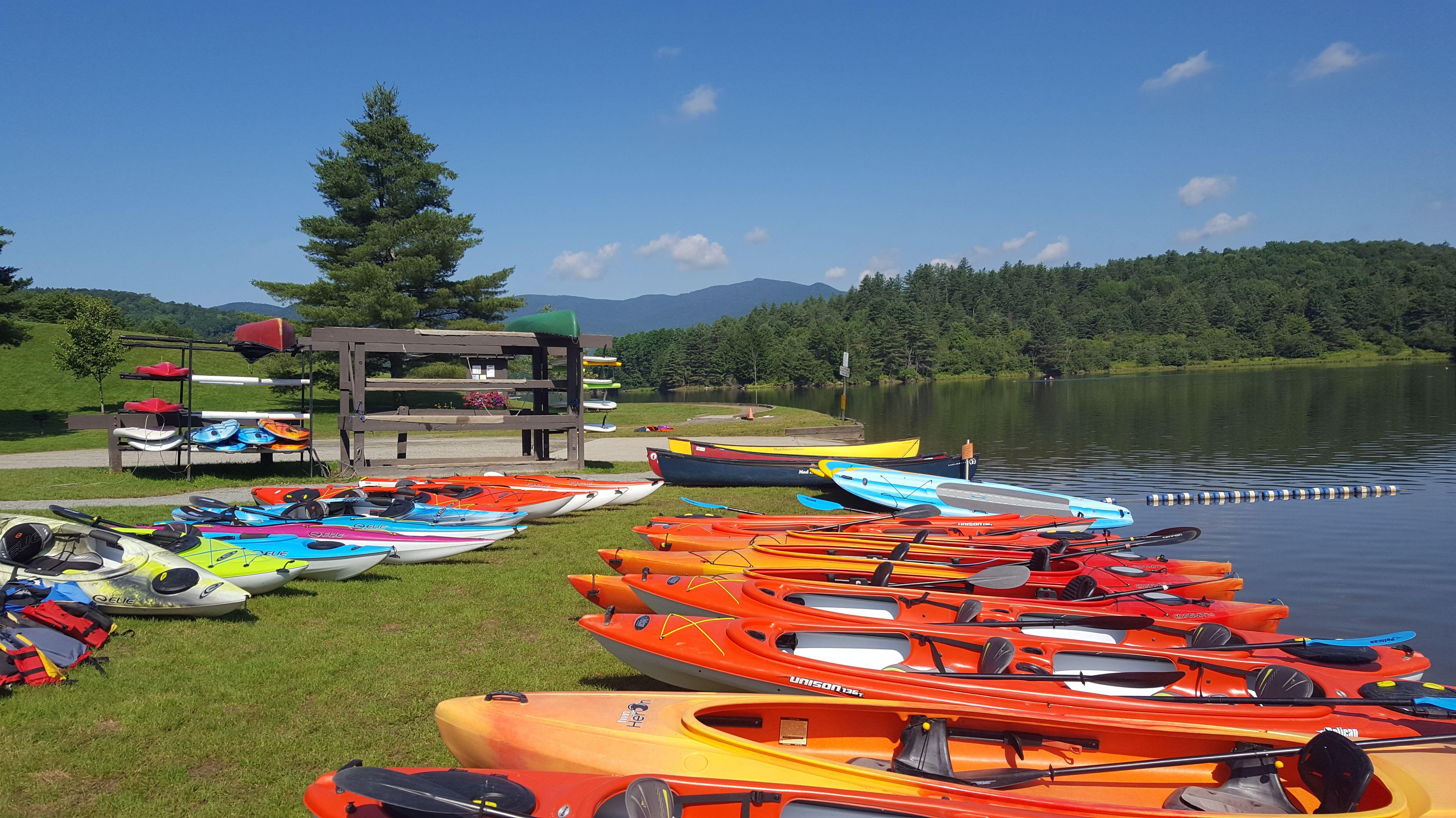 Boat rentals kayak canoe standup paddleboard boat