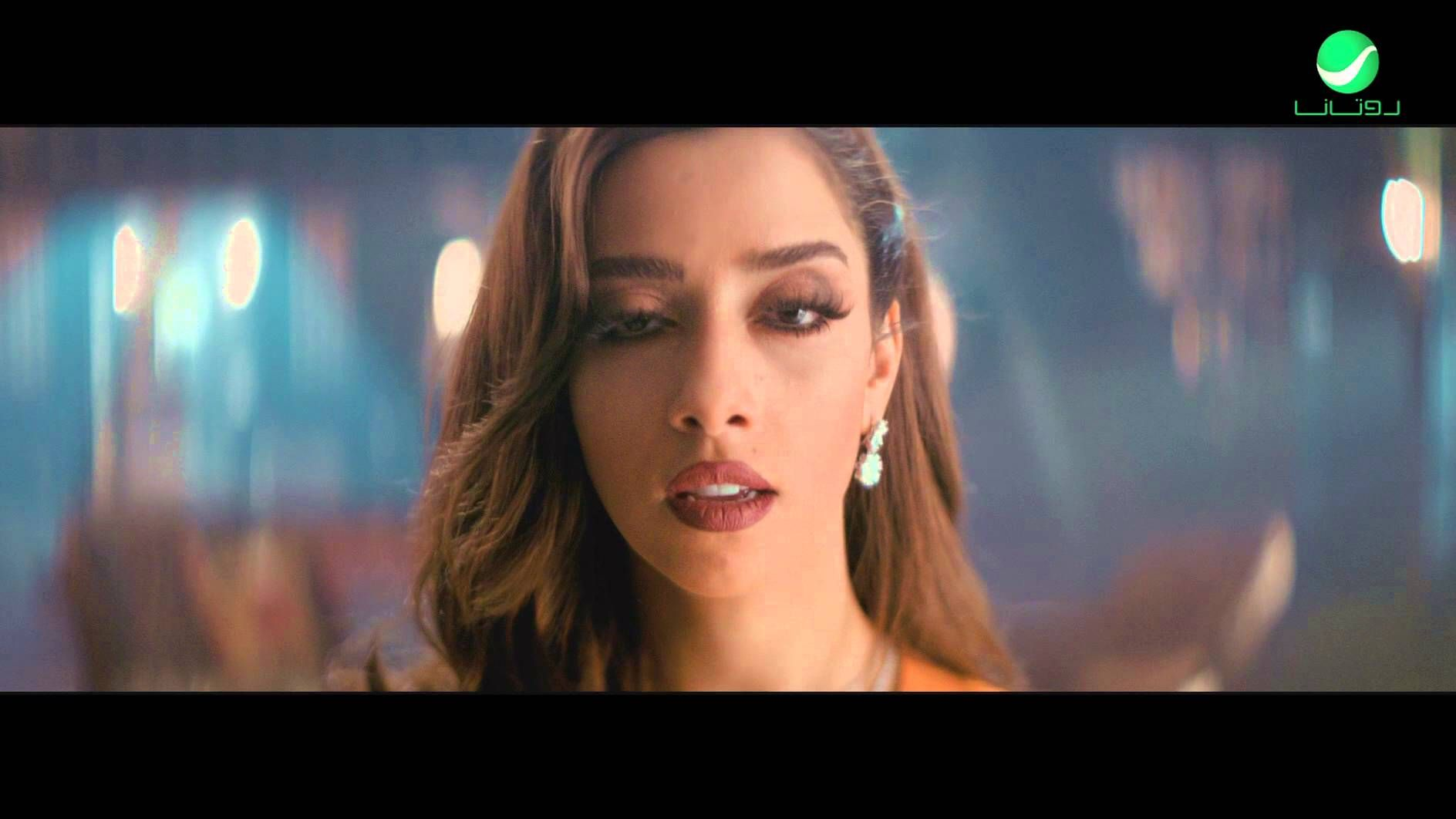 Balqees Al Taj Video Clip بلقيس التاج فيديو كليب Beautiful Hair Nostril Hoop Ring Hair