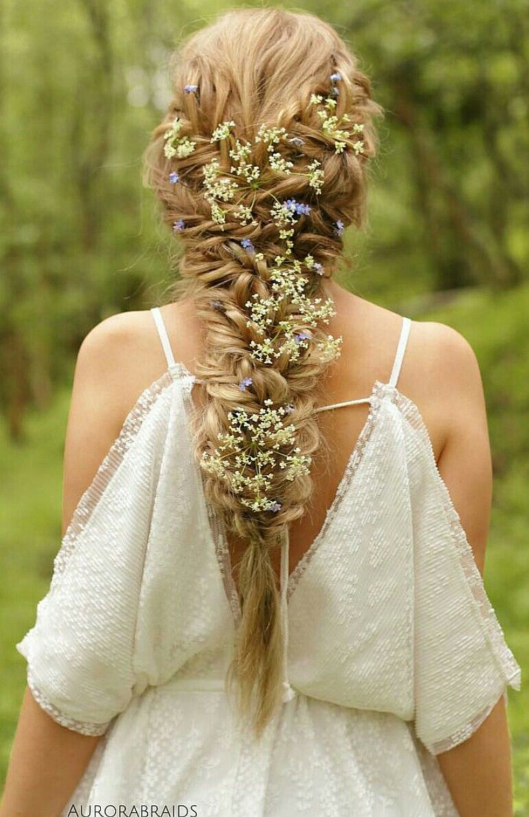 40 Wedding Hairstyles For Long Hair That Really Inspire: Medieval-ish Inspired Hairstyle. Fresh Flowers Really Make