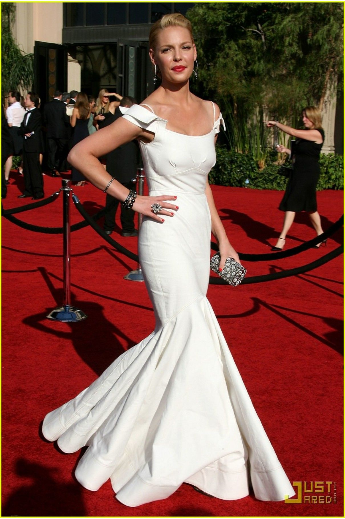 Katherine Heigl 2007 The 59th Annual Emmy Awards White Mermaid Prom Gown Celebrity Dresses Dresses Emmy Awards Dresses [ 1818 x 1210 Pixel ]