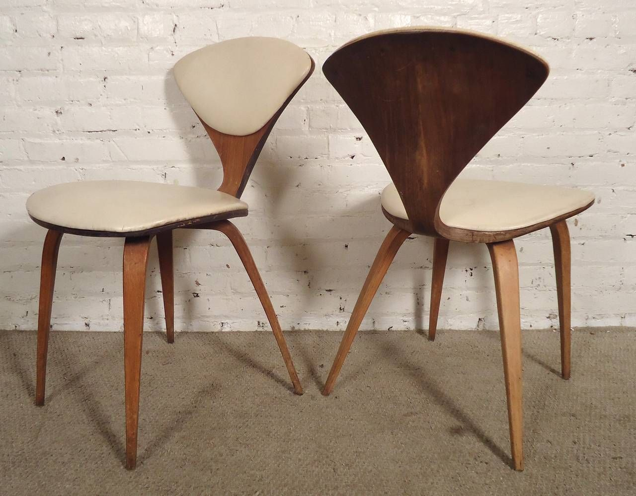 pair of norman cherner chairs by plycraft bentwood chairs vintage designs and mid century