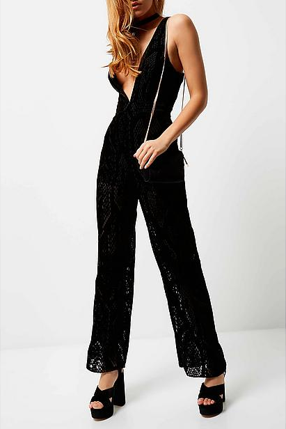 #River #Island #fluwelen #jumpsuit #wehkamp #velvet #jumpsuit #long #model #v #black #lbd #block #heels  #night #outfit #longlegs #high #heels #blonde #lady