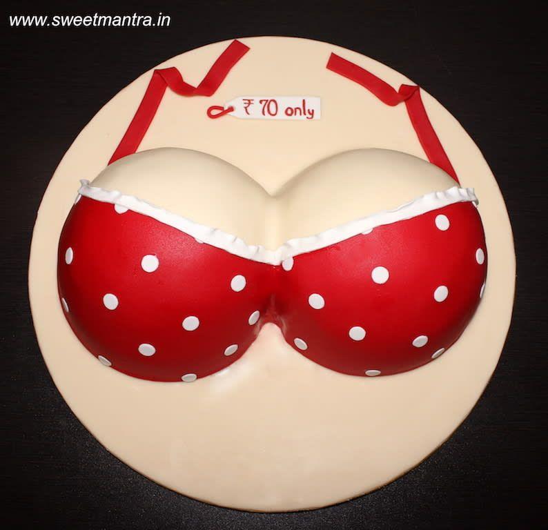 Make boobs cake