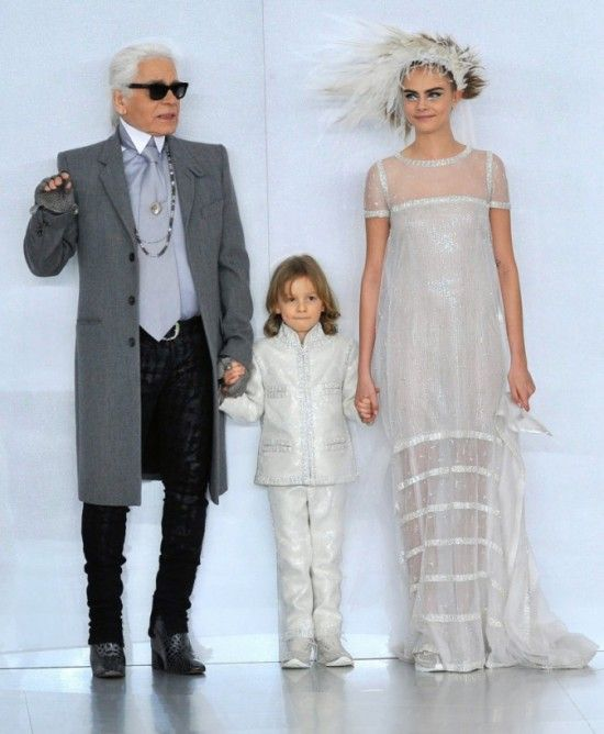 Karl Lagerfeld Kids Nouvelle Ligne De Prêtàporter Pour Enfants - Pret a porter enfant