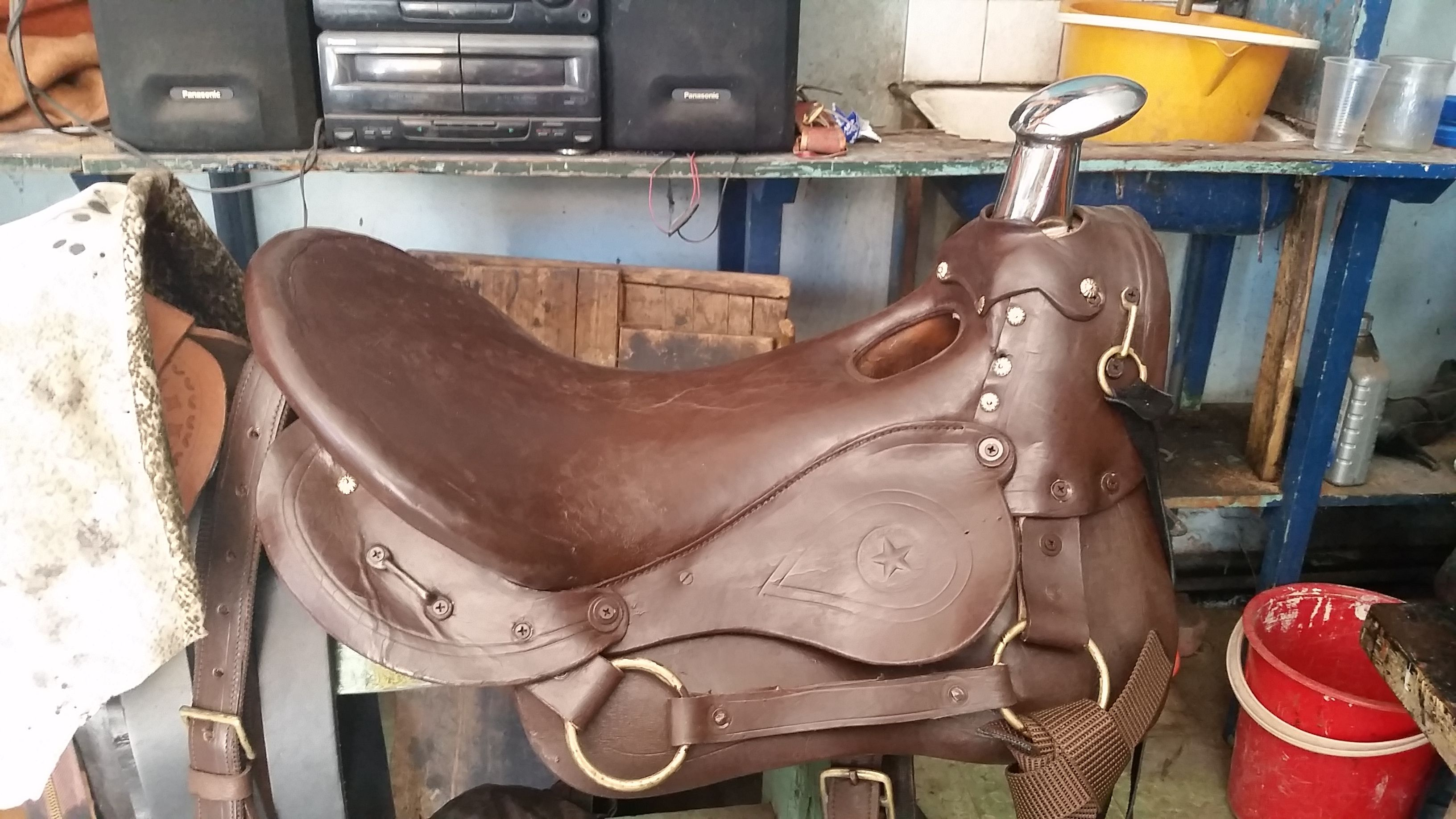 12f437d4477 Te ofrecemos #sillas para montar a caballo de segunda pero de una excelente  calidad para