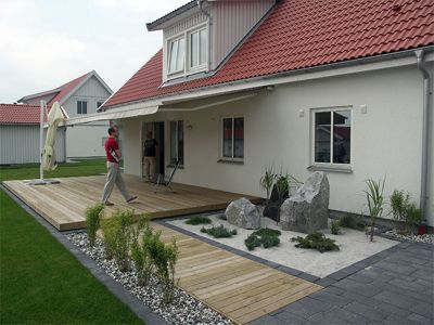 1000+ images about Balkong on Pinterest | Gardens, Planters and Decks
