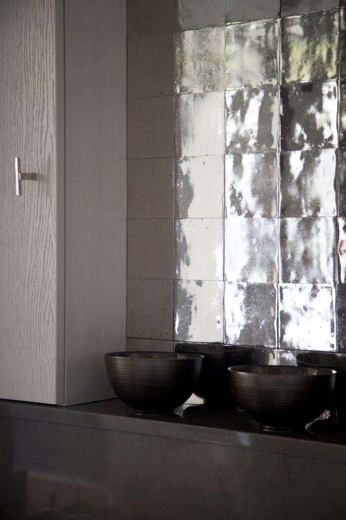 Stimmungsfotos Metallfliesen Pure Tiles Dauby Tür und