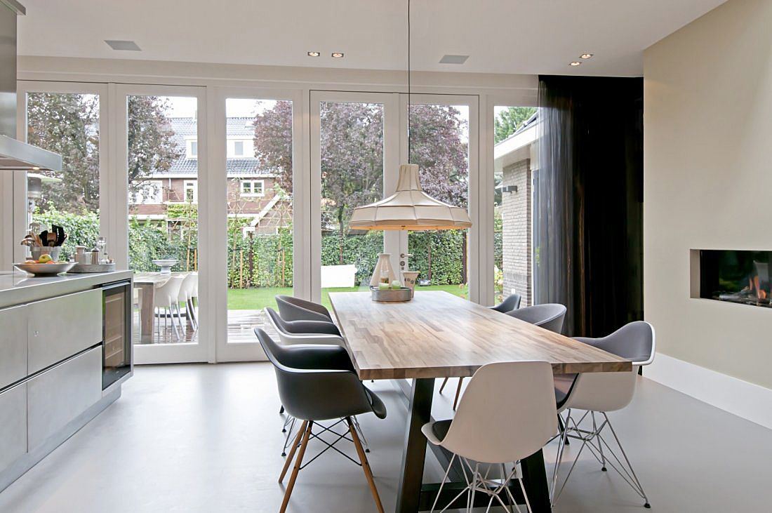 Uitbouw aan achterzijde jaren woning mooi keuken indeling