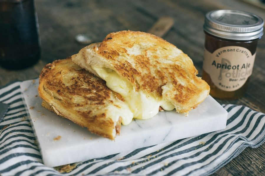 Grilled Cheese with Sharp Cheddar and Apricot Ale Jelly