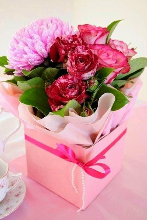 Открытки с цветами в коробке, днем рождения для