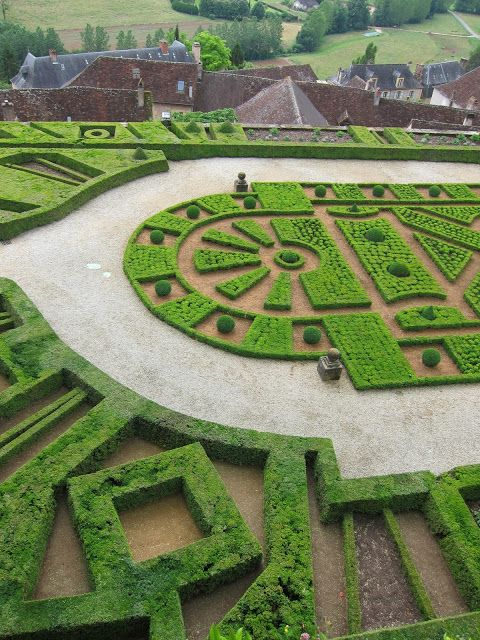 The gardens Eyrignac Marqueyssac Hautefort ZsaZsa Bellagio \u2013 Like No