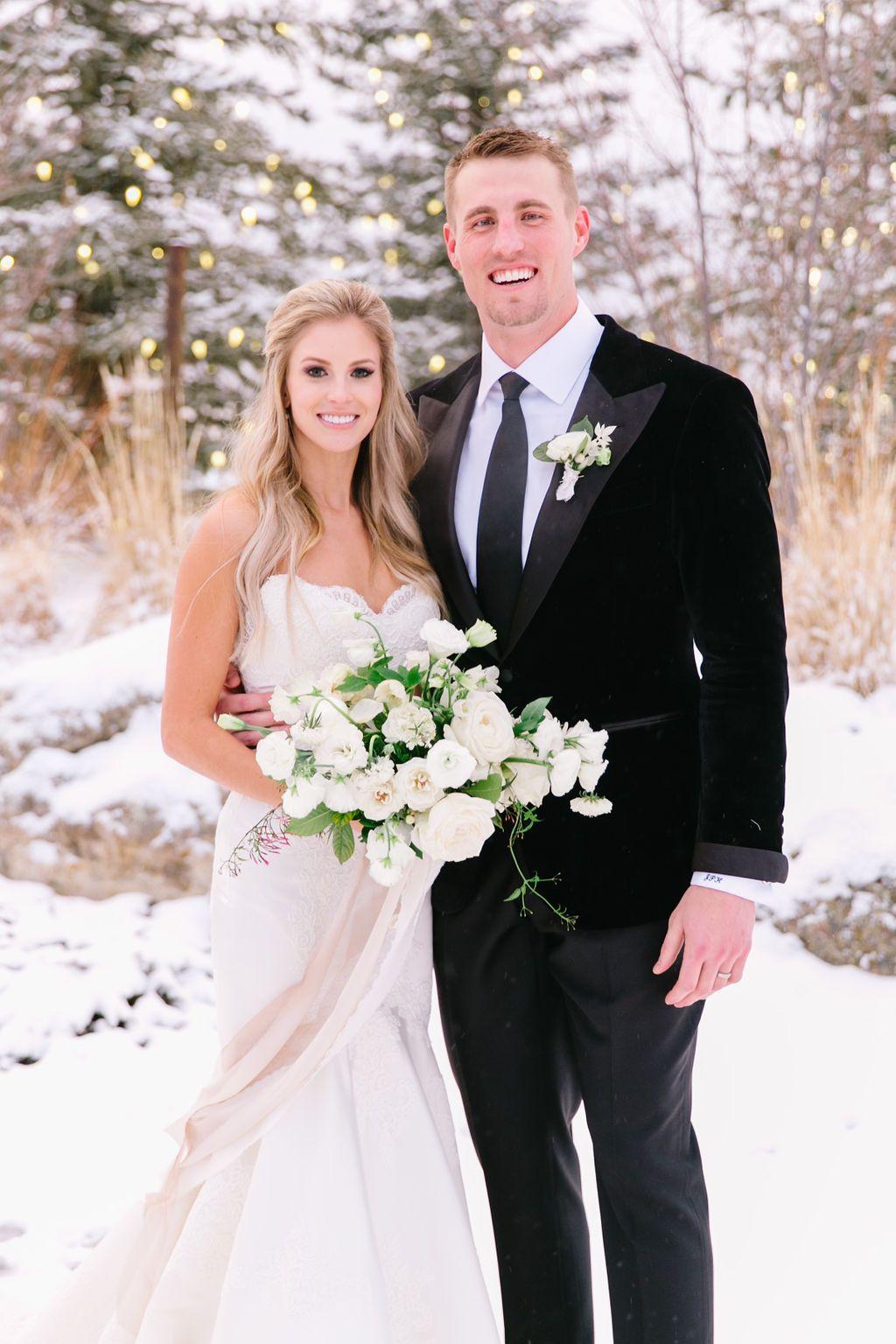 Hannah + Jeff's Wintry Spruce Mountain Ranch Wedding