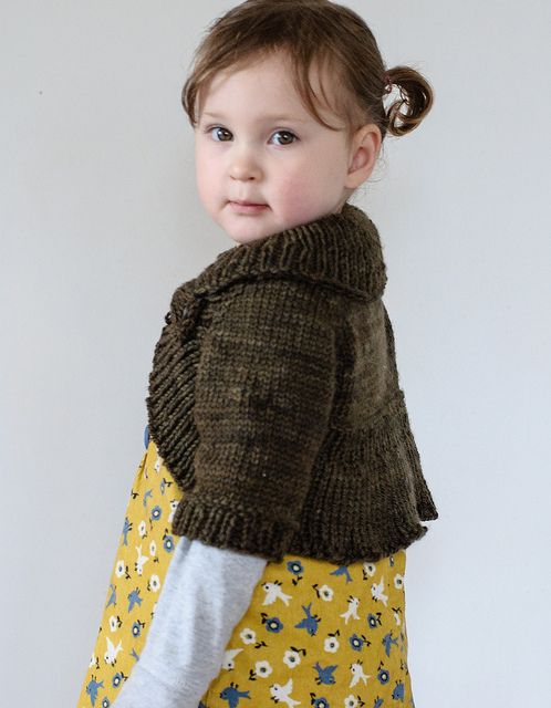 http://www.ravelry.com/patterns/library/miss-daisy